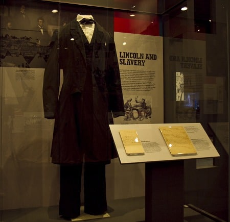 Display of Abraham Lincoln's Office Suit and Manuscripts